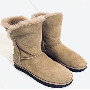 🔥NEW!🔥 UGG CLASSIC SHORT WINTER BOOTS